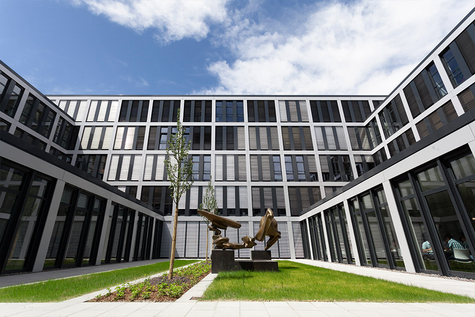 E.ON Head Office Regensburg FAY Projects GmbH