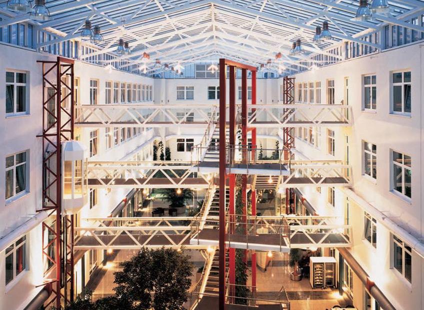 Deutsche Börse Frankfurt am Main FAY Projects GmbH